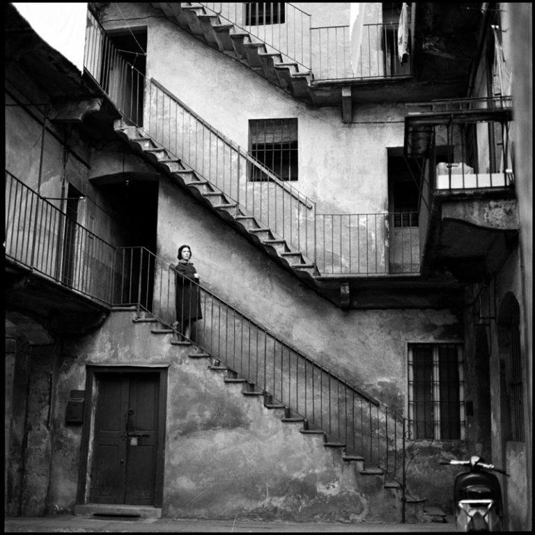 Virgilio Carnisio, Milano, Piazza Lega Lombarda 5, 1969